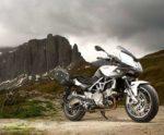 Лучшие дорожные мотоциклы: Aprilia Mana 850