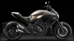 Мотоцикл Ducati Diavel — лидер среди круизеров